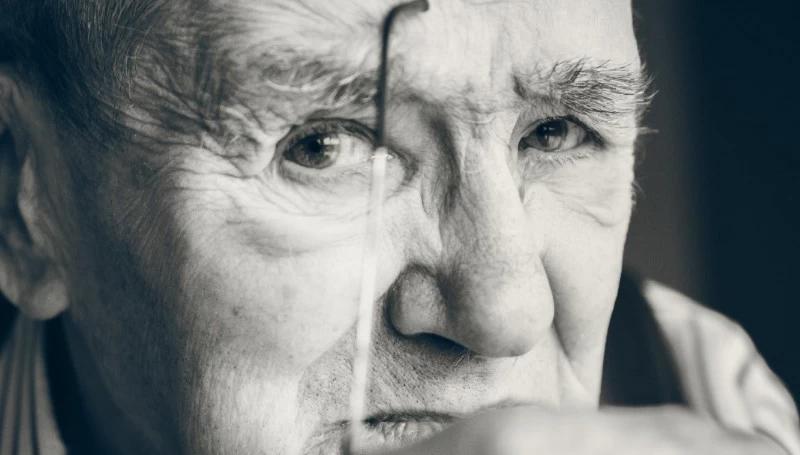 integratori per la memoria degli anziani