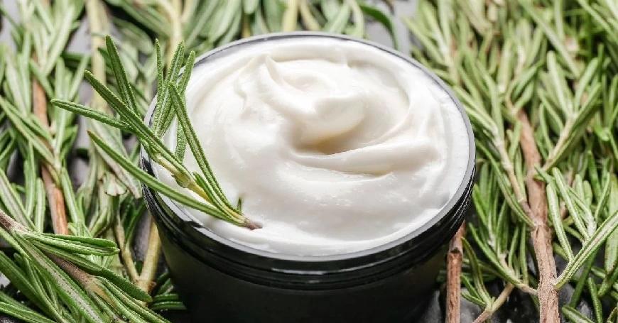 estratto rosmarino pelle